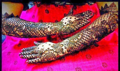 Brides mehndi design for hands