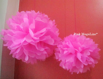 Pink magaline diy project how to make paper pom poms japanese paper pom poms or tissue paper pom poms as they call it in the states are fun to make with kids you can let them help with the folding and mightylinksfo