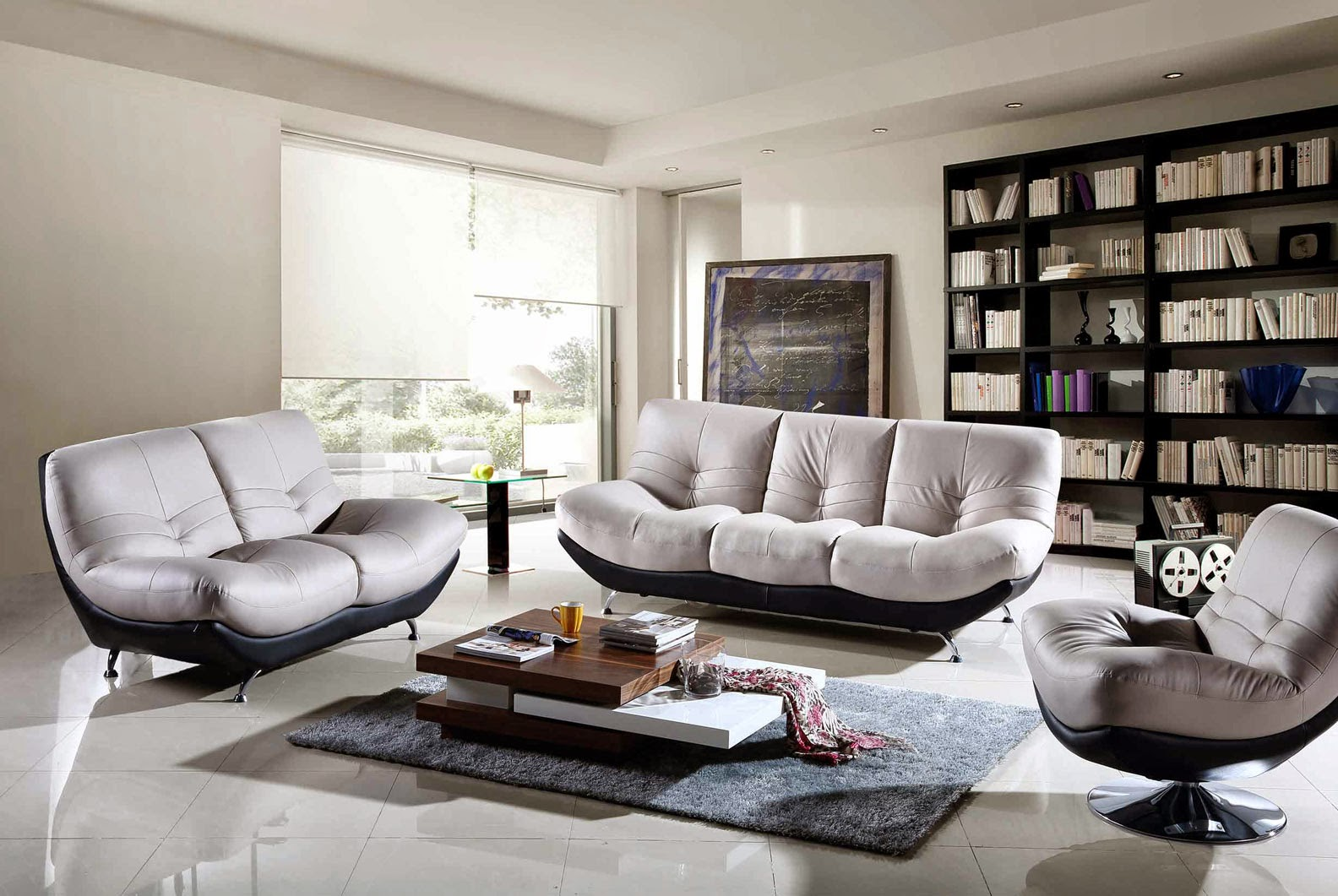 Choosing-Guest-Chair-Minimalistic-or-Minimalist-Sofa