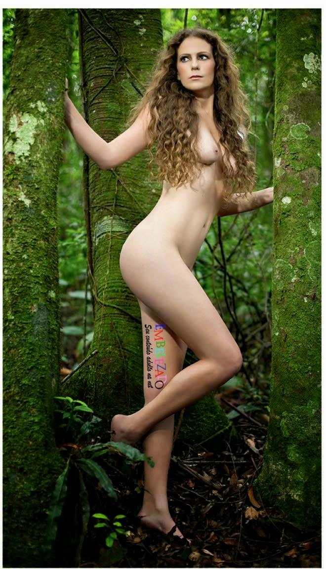 Ana Paula Oliveira Bandeirinha Nua