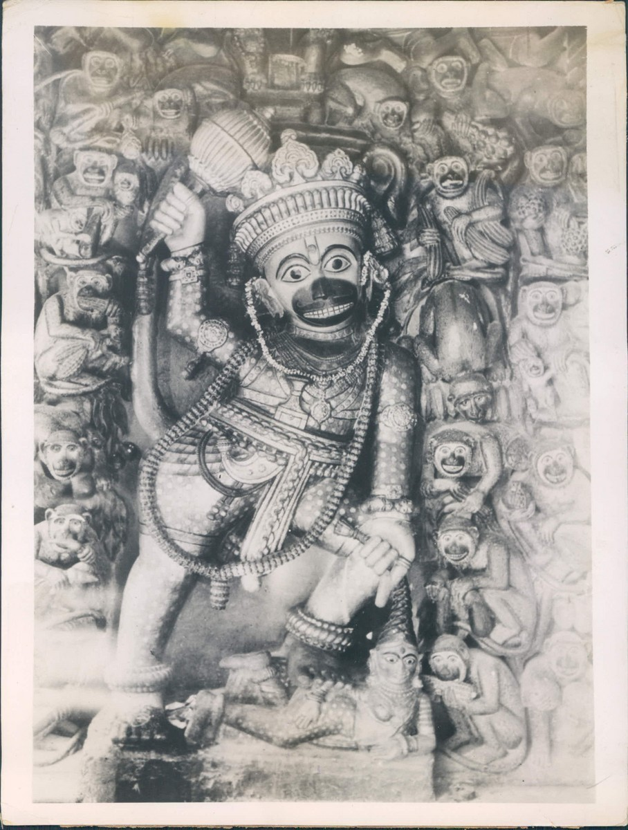 Statue+of+Hanuman+(Monkey+God)+-+1937.JP
