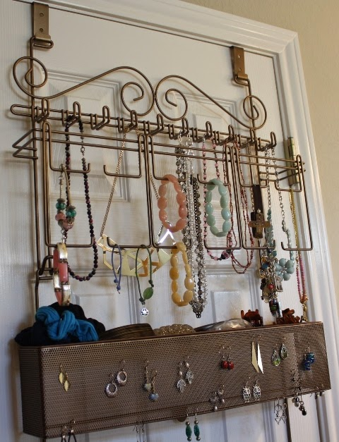 OverdoorWall Jewelry Organizer Review and Giveaway Planet