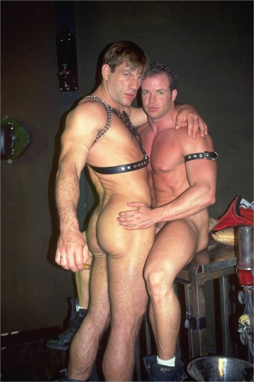 from King free gay leather sex video