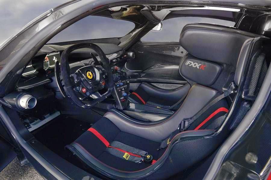 Ferrari FXX K (2015) Interior