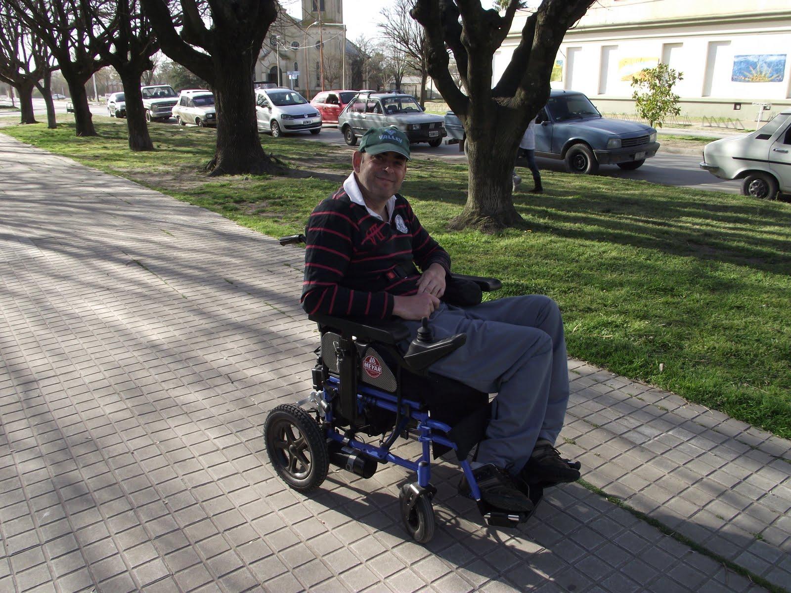 La opini n de huanguel n fernando durand cuenta ahora con una silla autopropulsada - La silla de fernando ...