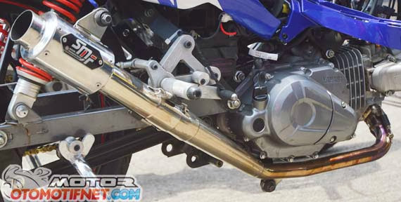 Modifikasi Yamaha Jupiter Z1 : jupiter z1 road race : knalpot smf  title=
