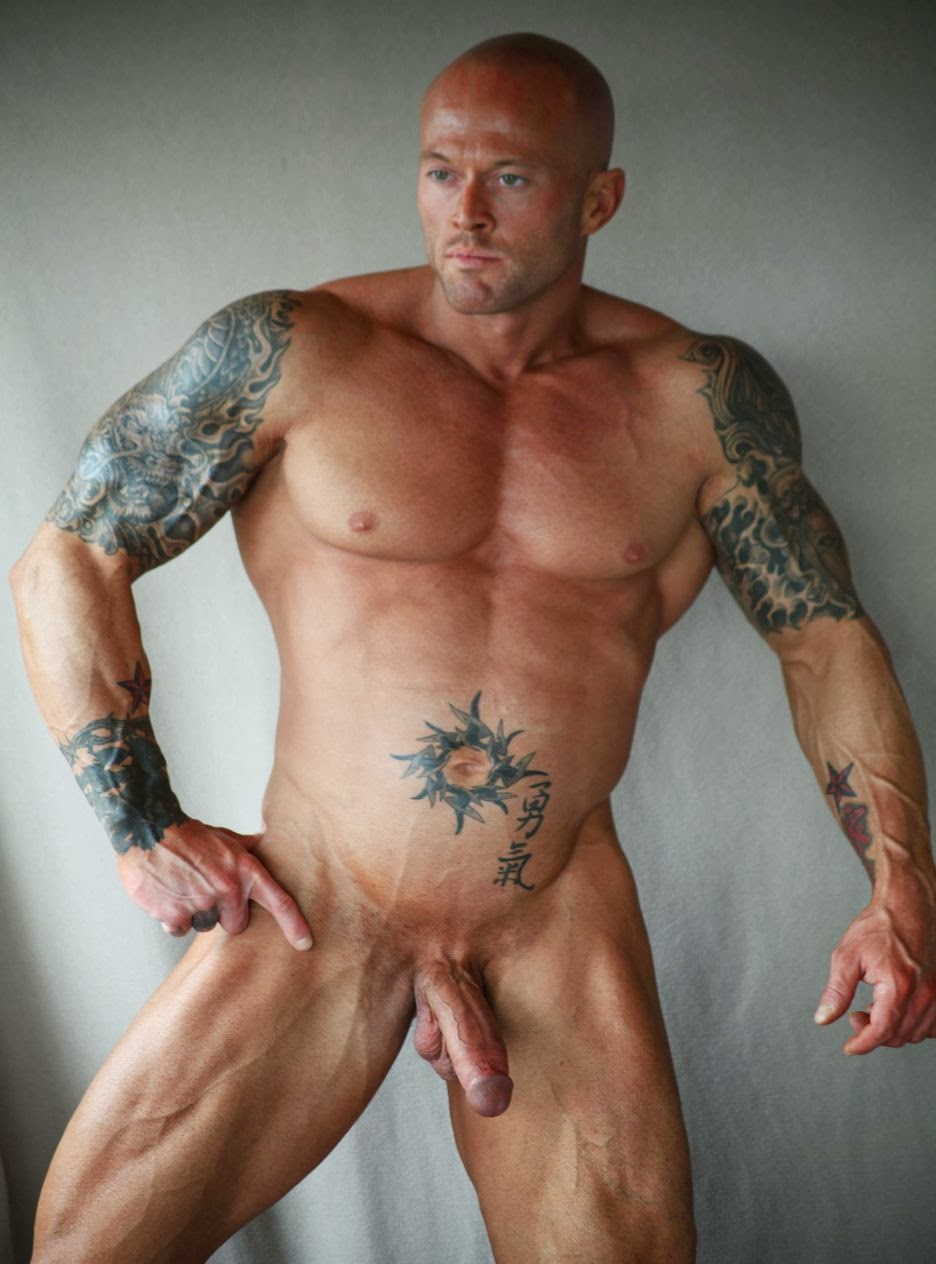 sexy tattoo nude men