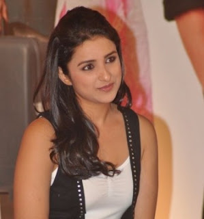 Cute Parineeti Chopra in Short Skirts and Jeans, New Face of Bollywood 2012