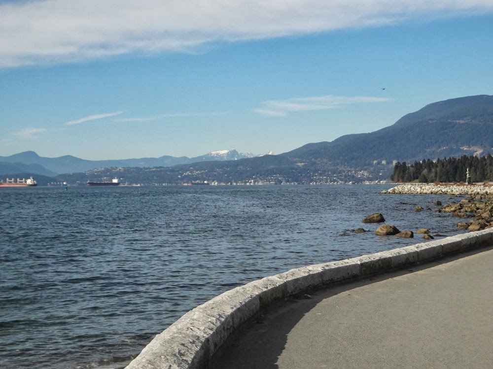 Sunny day on Vancouver's Seawall bike path