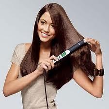 كيف تحمين شعرك من مكواة الشعر