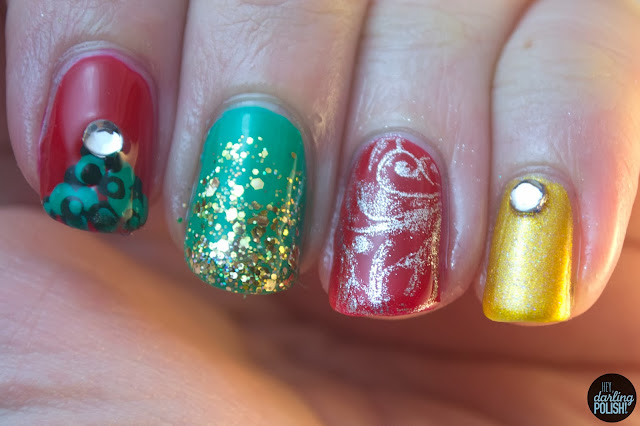 hey darling polish, nails, nail art, nail polish, red, green, gold, silver, christmas, christmas tree, rhinestones, glitter, glitter gradient, cult nails, stamping