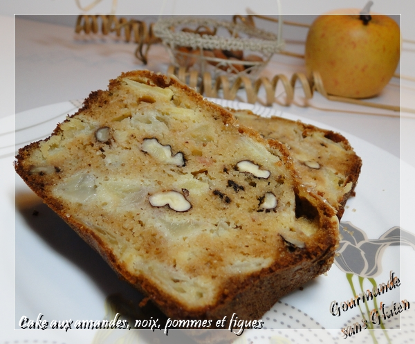 gourmande sans gluten cake aux amandes noix pommes et figues. Black Bedroom Furniture Sets. Home Design Ideas