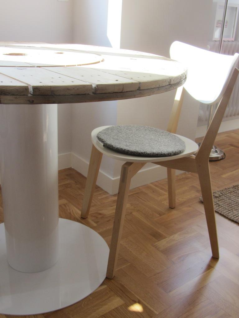Concurso diy x4duros 39 11 la mesa de bobina de hilo rafa y - Como hacer mesa comedor ...