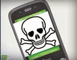 Ada Bahan Kimia Berbahaya dalam Ponsel Anda