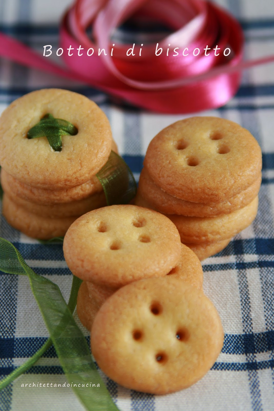 bottoni di biscotto con la frolla di montersino