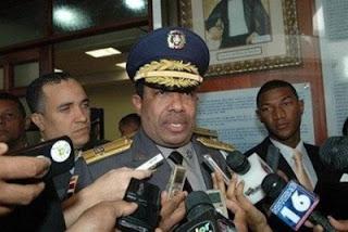 Jefe PN exhorta a oficial La Soga entregarse responda acusaciones crímenes