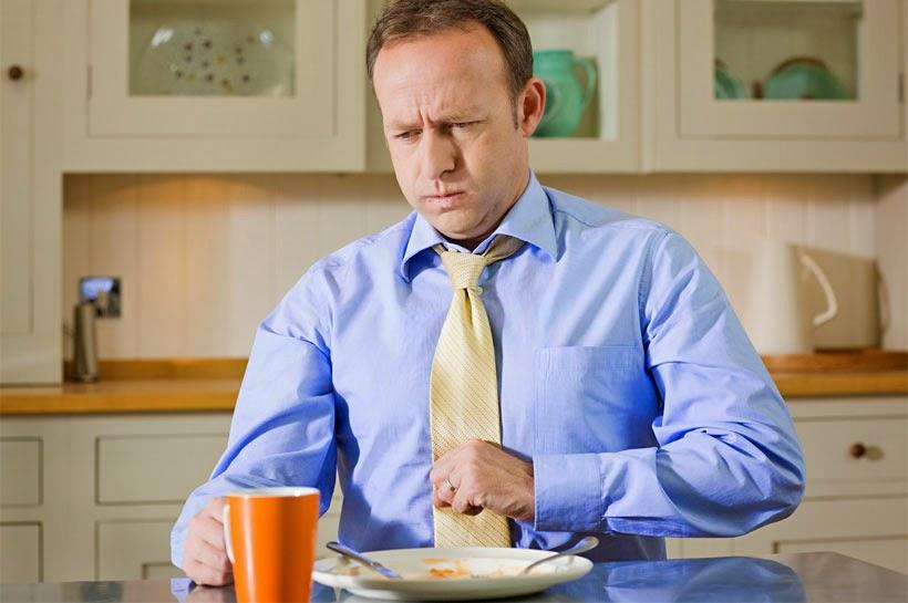 اسباب حموضة المعدة الغذائية