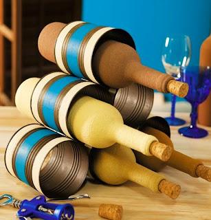 http://www.portaldeartesanato.com.br/materias/2461/decore+com+latas