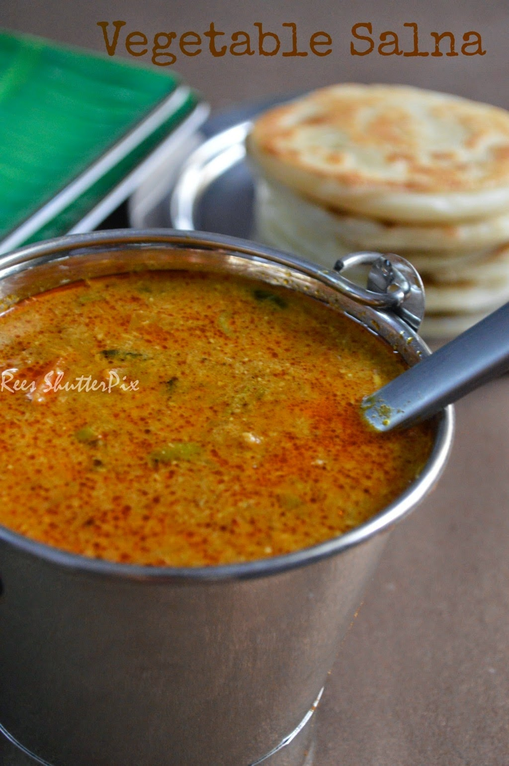 parotta salna, roadside parotta salna recipe, step by step picture recipe, vegetable salna in tamil, salna , saalna recipe, tamilnadu hotel style parotta salna
