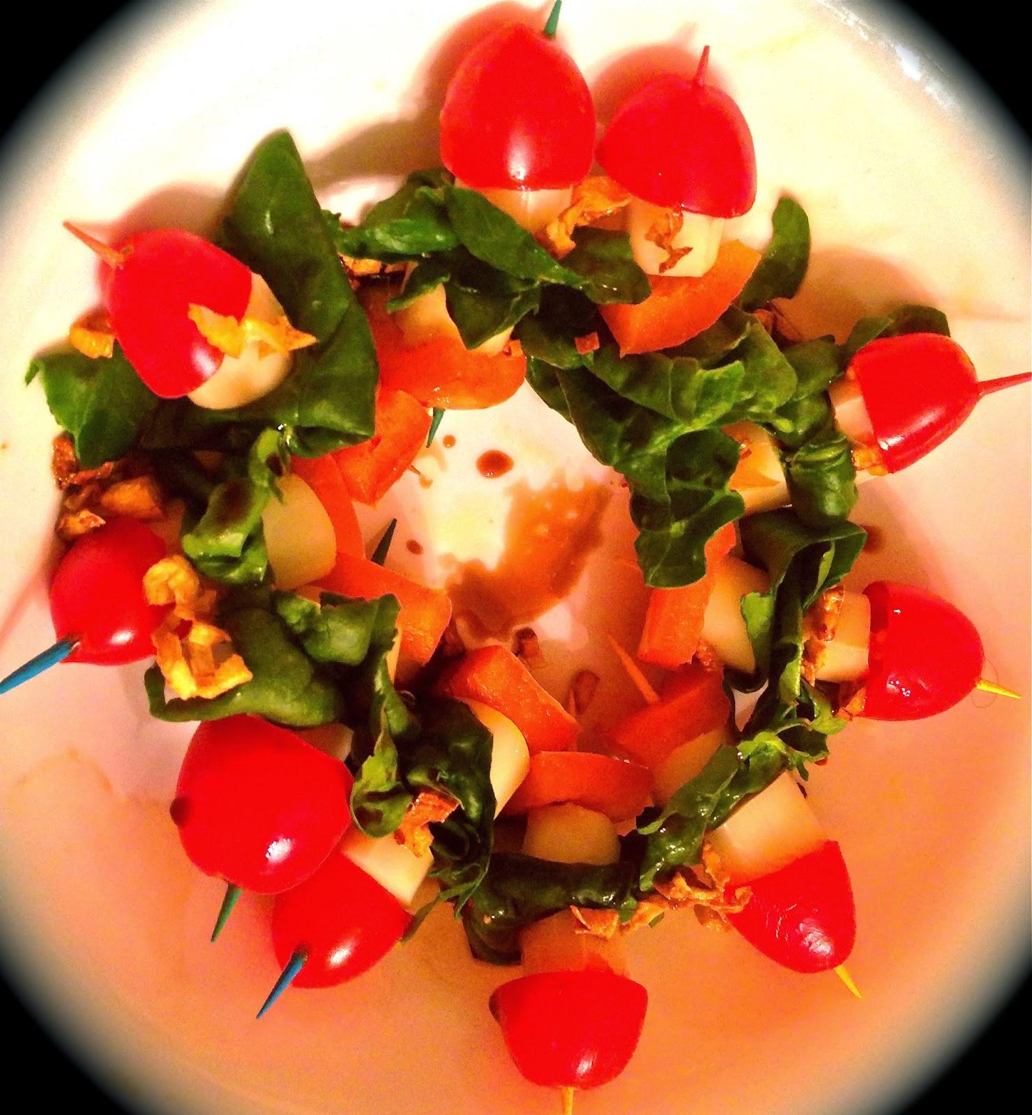 Cherry tomatoes, Mozzarella, Spinach, Pepper Bites