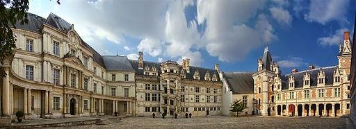 «Loire Cher Blois1 tango7174» par Tango7174 — Travail personnel. Sous licence GFDL via Wikimedia Commons - https://commons.wikimedia.org/wiki/File:Loire_Cher_Blois1_tango7174.jpg#/media/File:Loire_Cher_Blois1_tango7174.jpg
