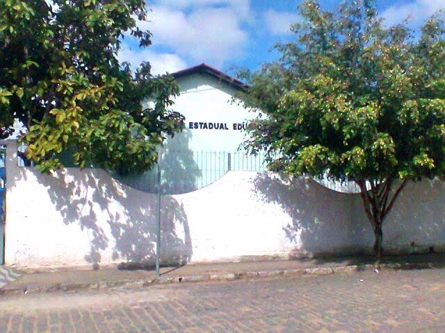 Escola Estadual Eduardo Spínola