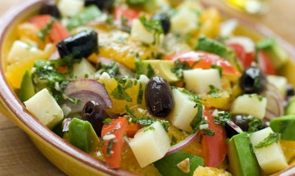 Ensalada De Tomate Y Esparragos