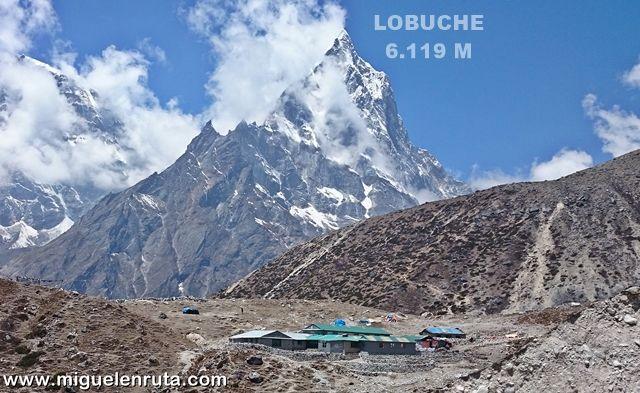 Lobuche-Dhukla