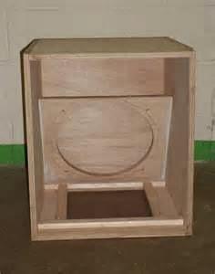 Tetapkan ukuran kotak speaker yang Anda kehendaki atau menentukan driver pembicara pertama serta bangun suatu kotak supaya sesuai sama dengan driver pembicara. Box speaker Anda bakal cuma sedikit semakin besar dari driver sound sendiri
