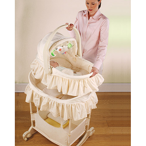 Bassinet First Years1