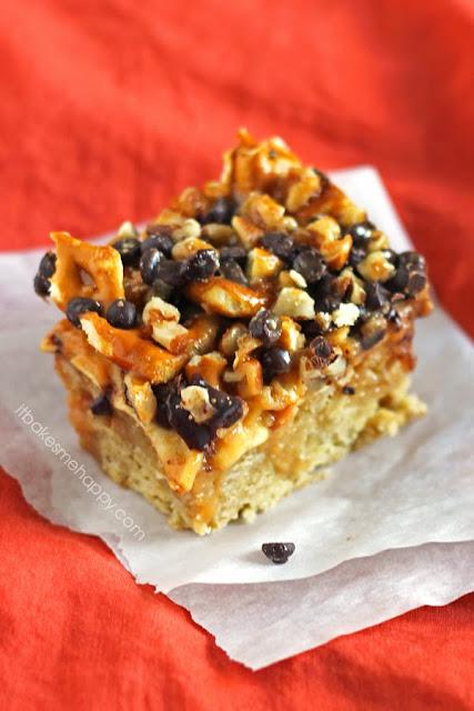 It Bakes Me Happy: Caramel Apple Cookie Bars