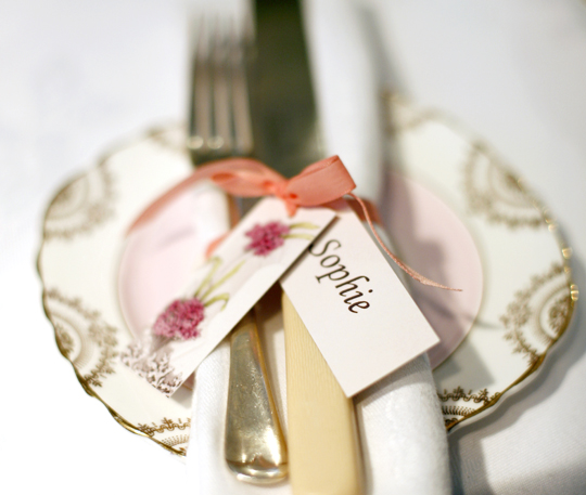 pink vintage plate with cutlery and name place tag