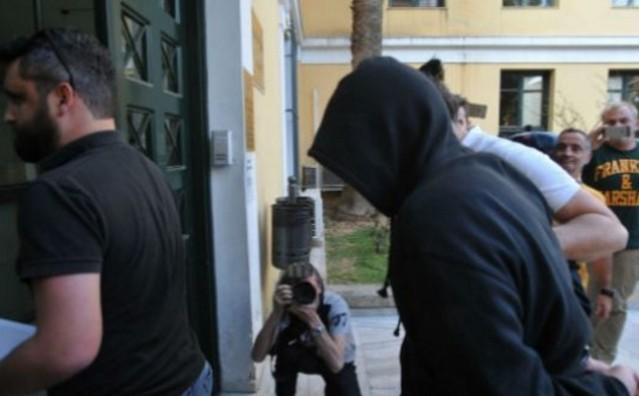 """Σοκάρει η απολογία του 30χρονου Αλβανού – """"Βίασα την μάνα μου γιατί είχα 4 χρόνια να κάνω…"""""""