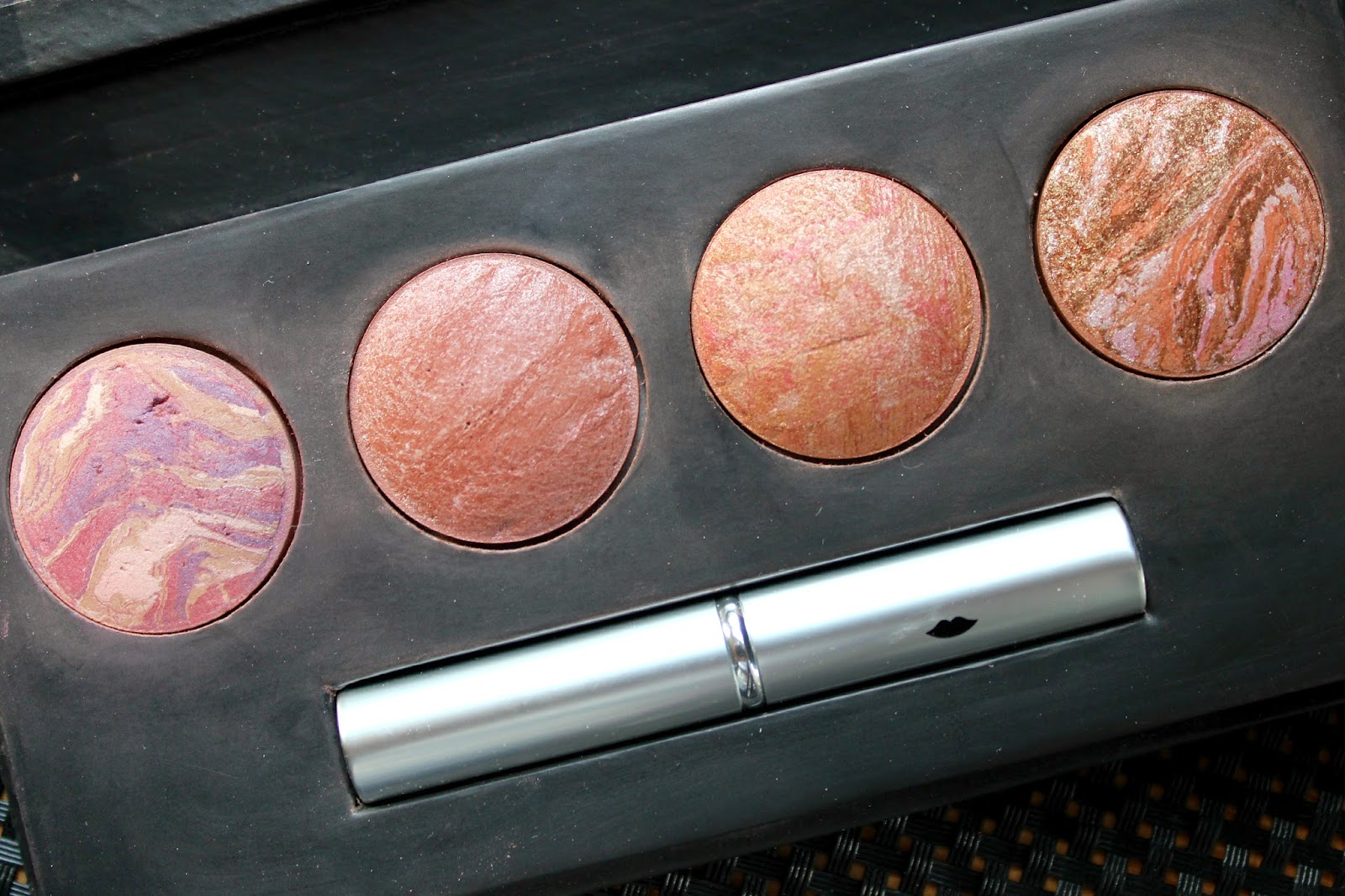 A picture of the Laura Geller Baby Cakes Baked Blush Palette