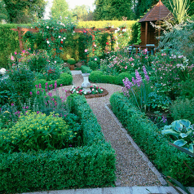 Traditional Garden Design & Styles