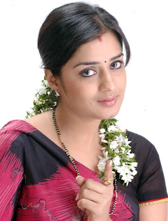nikitha in saree stills