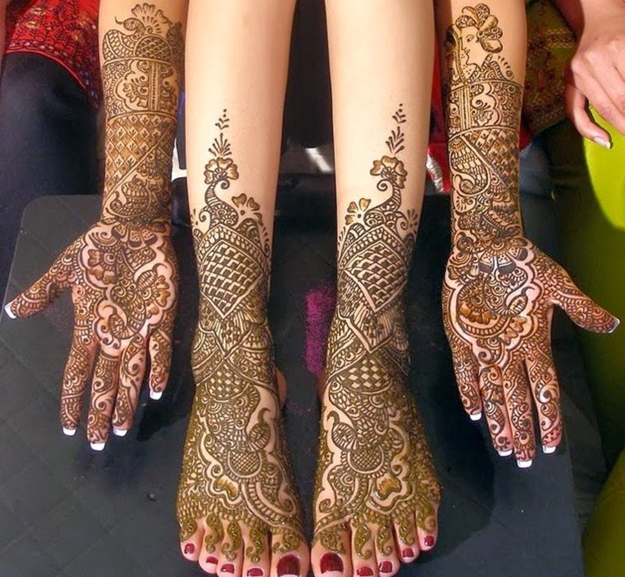 Bridal Hands With Mehndi : Bridal mehndi designs new feet and hand