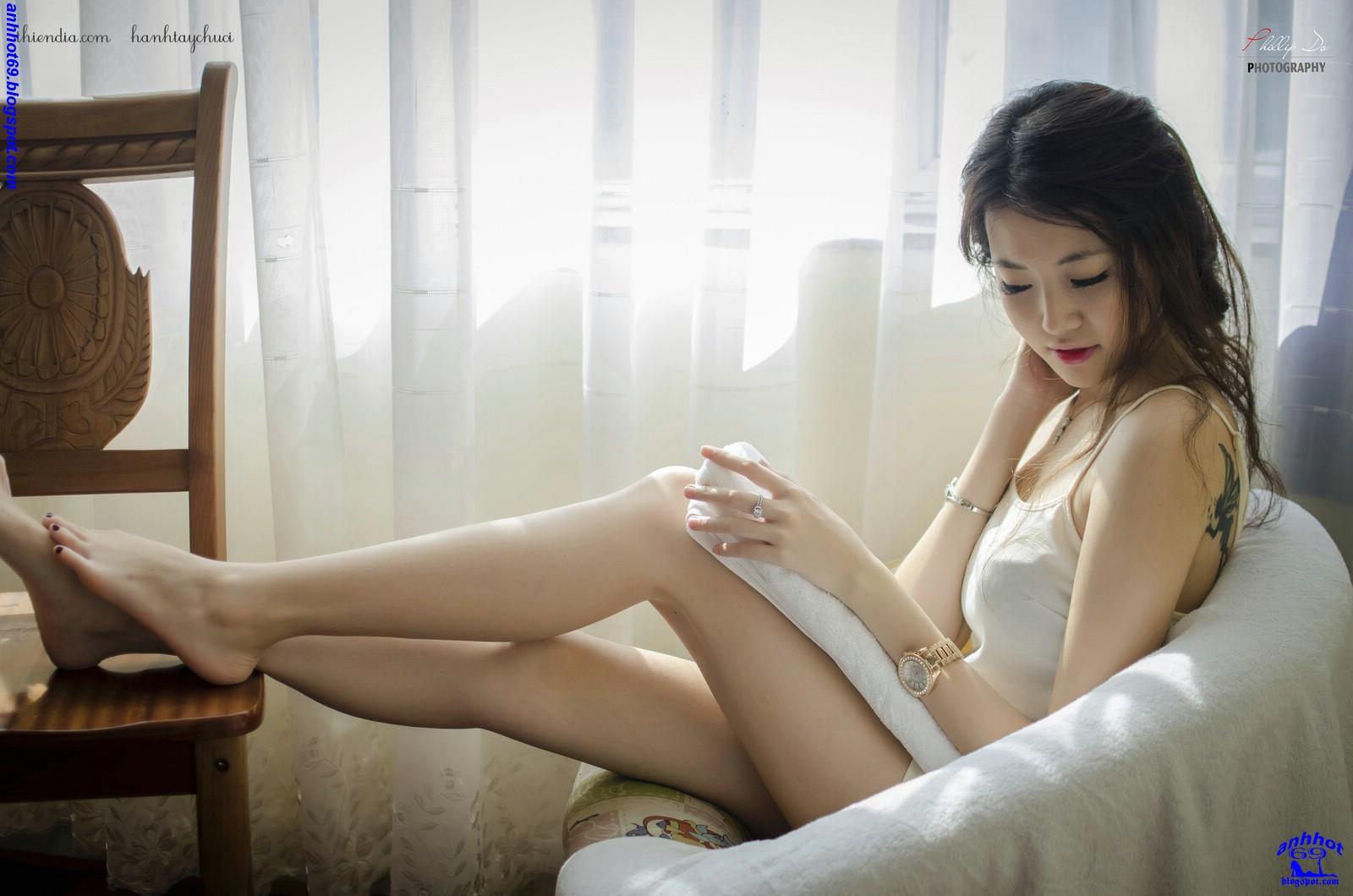 en kvinne suger gai Vietnam