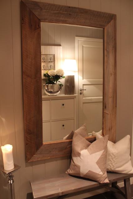 Litt skavanker eiger dette speilet og, men hva kan man forvente? Eg er ...