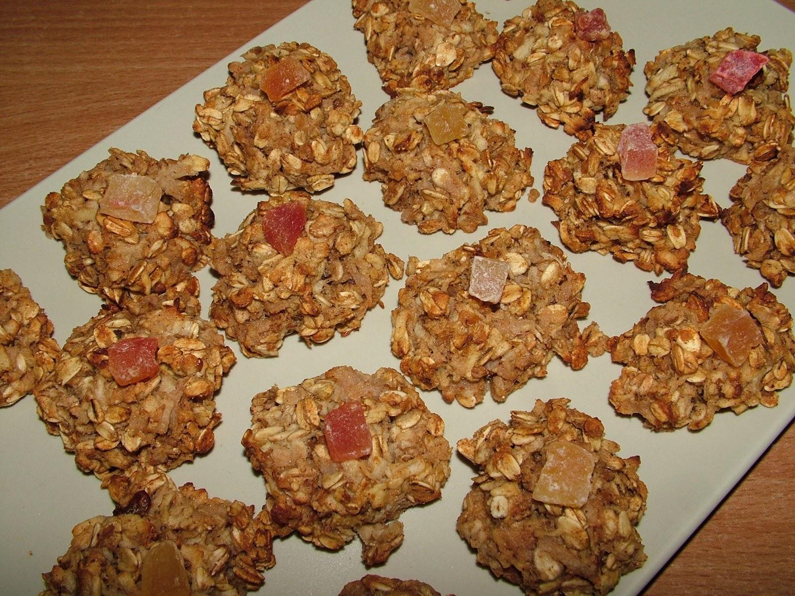 Owocowe ciasteczka owsiane cynamonem
