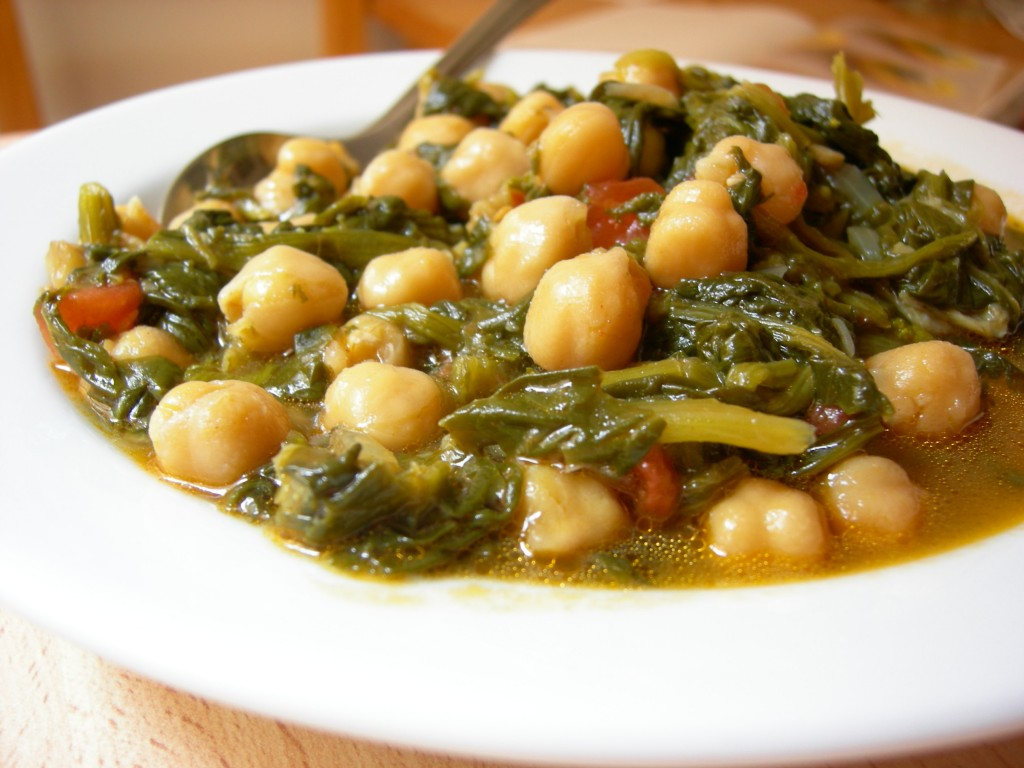 La cocina de deli comida tradicional potaje de garbanzos - Potaje de garbanzos y judias ...
