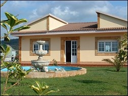 casa de alquiler en la playa de razo, carballo, la coruña, costa da morte, casas completas, apartamentos de vacaciones, casa con piscina en Galicia
