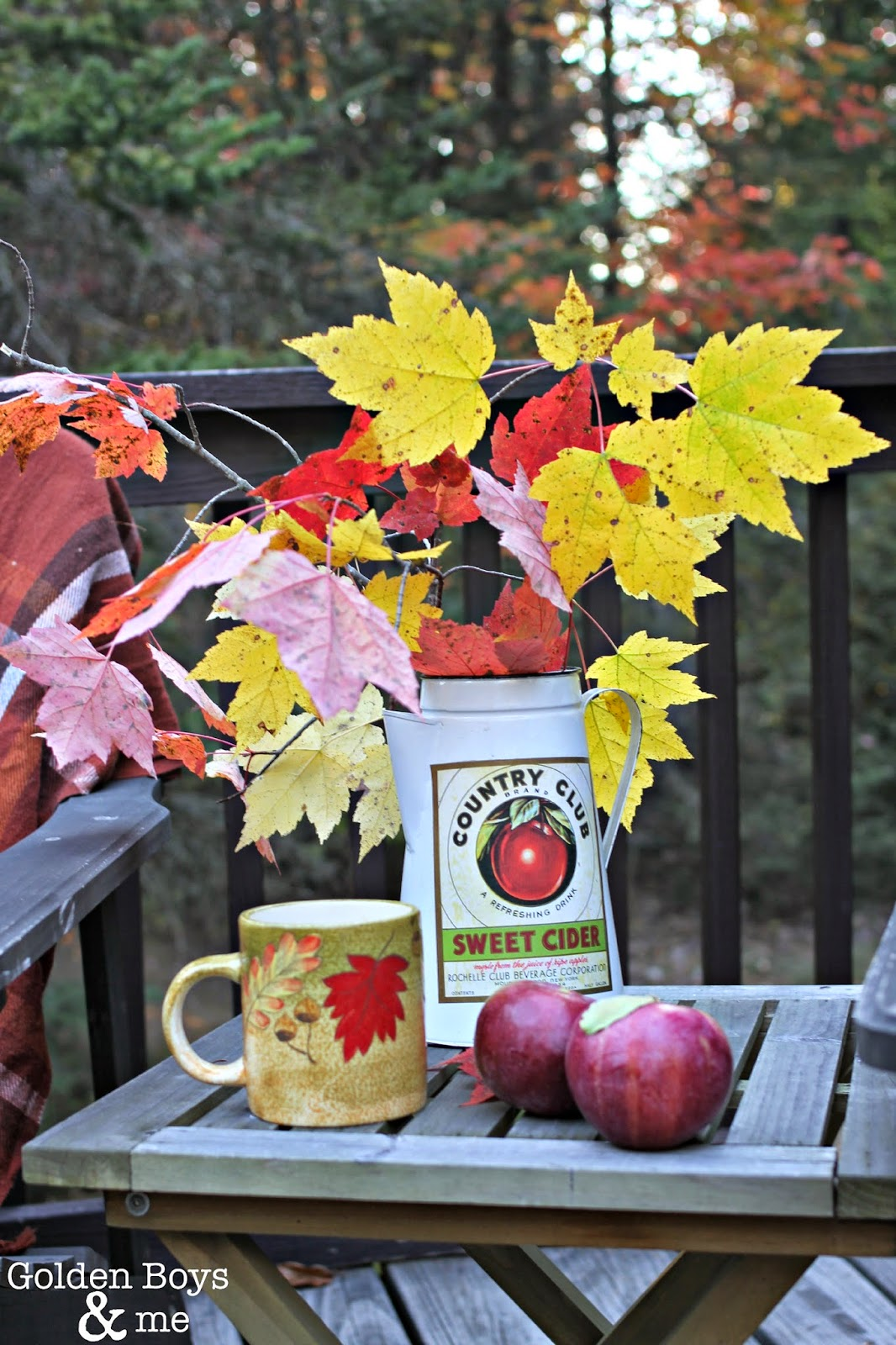 Fall porch decor ideas-www.goldenboysandme.com