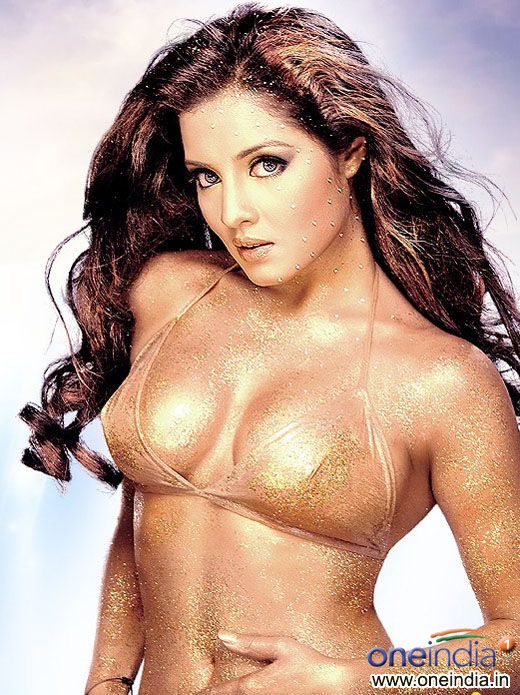 Selina Jetli Hot Photos http://hi2photospot.blogspot.com/2011/09/celina-jaitley-hot-spicy-stills.html