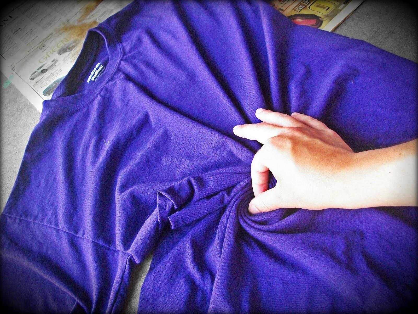 Shirt design using bleach - Tie Dying With Bleach