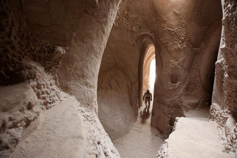 Esculturas em Cavernas por Ra Paulette