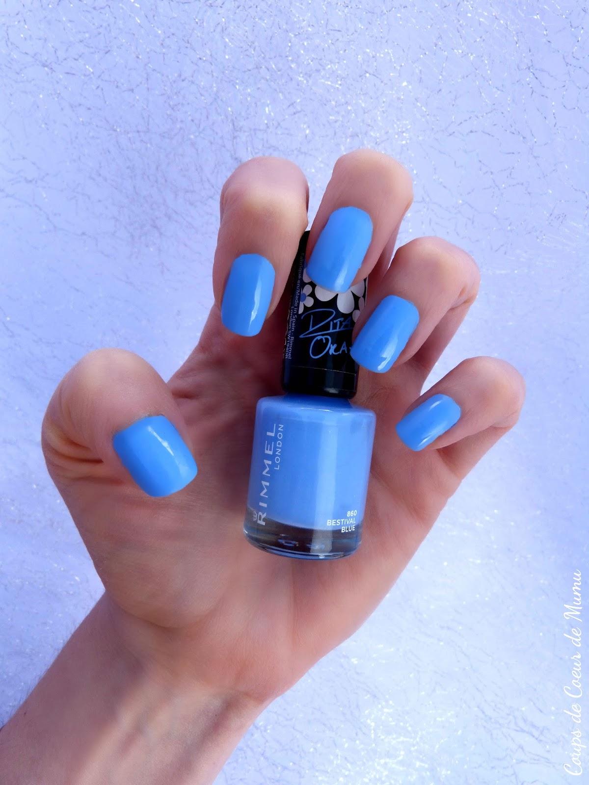 le vernis ongles bleu bestival blue rita ora de rimmel coups de coeur de mumu. Black Bedroom Furniture Sets. Home Design Ideas