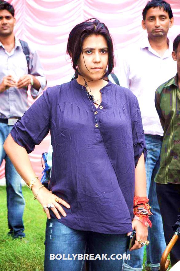 , Riteish & Tusshar On The Sets Of 'pavitra Rishta'
