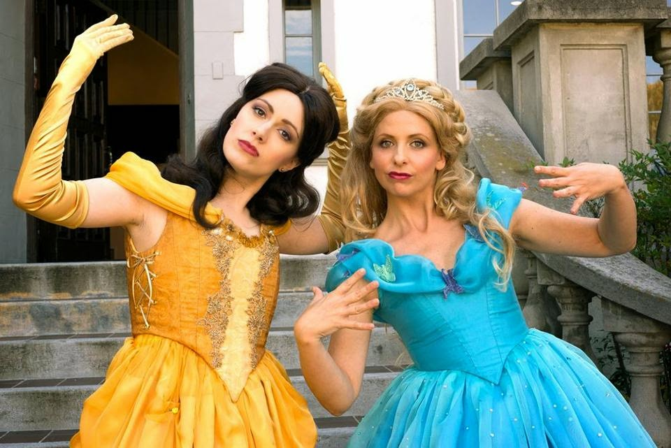 Rap Princess Battle, Cindirella vs. Belle, Whitney Avalon, Sarah Michelle Gellar