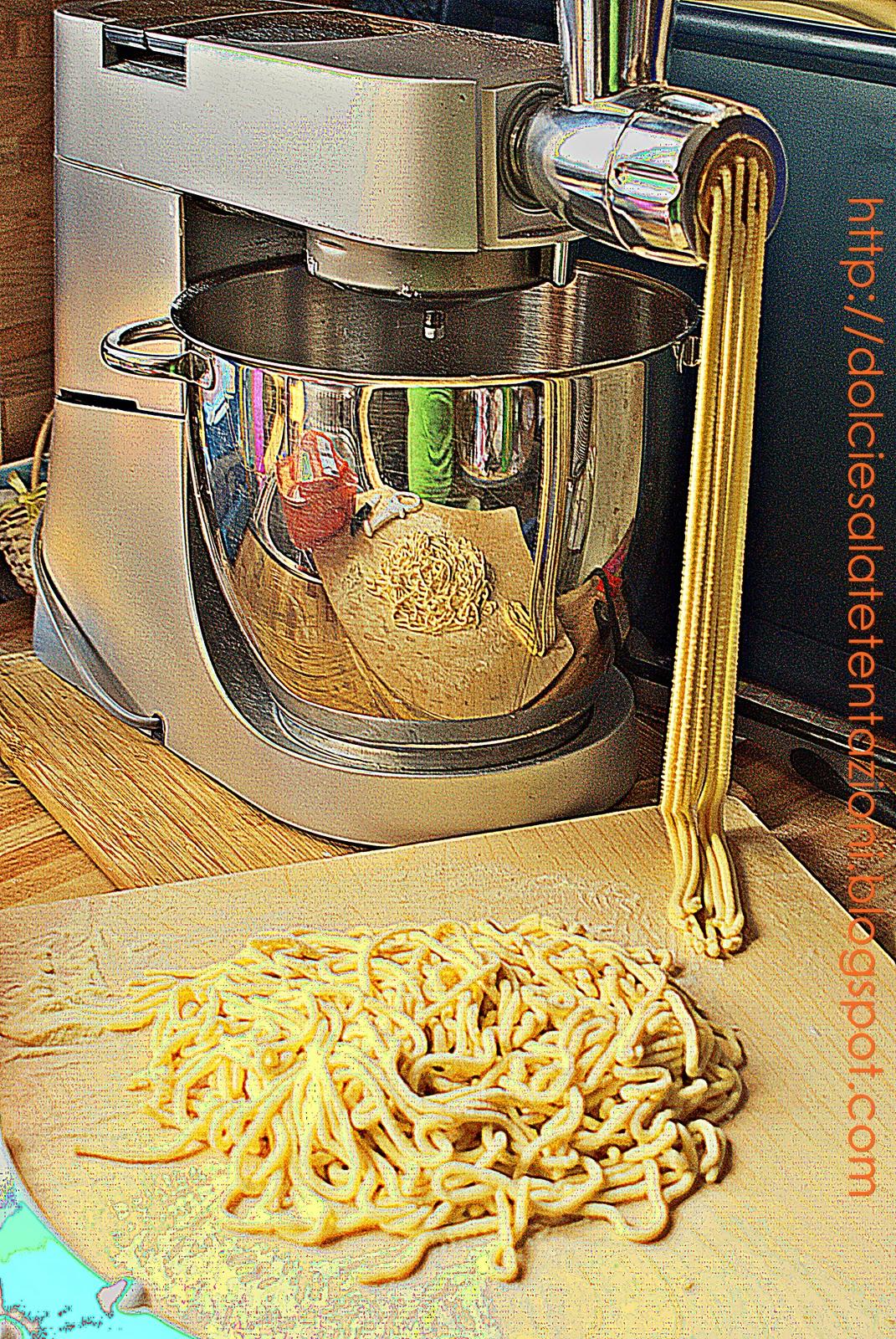 Dolci e salate tentazioni bigoli in salsa bigoi in salsa - Appunti dalla mia cucina ...